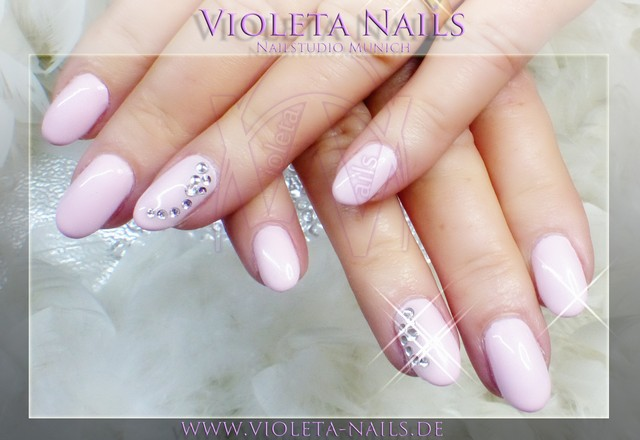 Violeta Nails Nagelstudio Munchen Nagelforum Fur Nageldesign